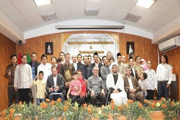 سفیر اندونزی در ایران از مسئولان دانشگاه مذاهب اسلامی تقدیر کرد
