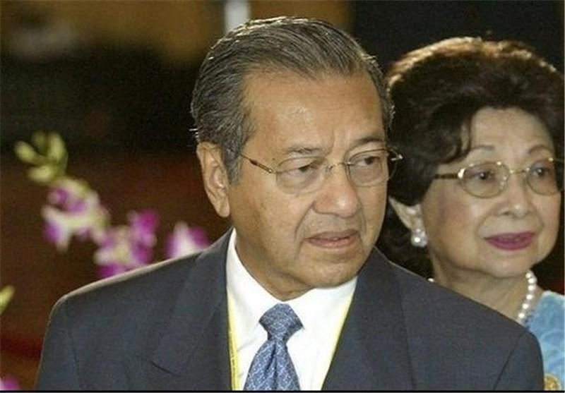 ماهاتیر محمد: سیا اطلاعات هواپیمای ناپدید شده را از مالزی مخفی می نماید