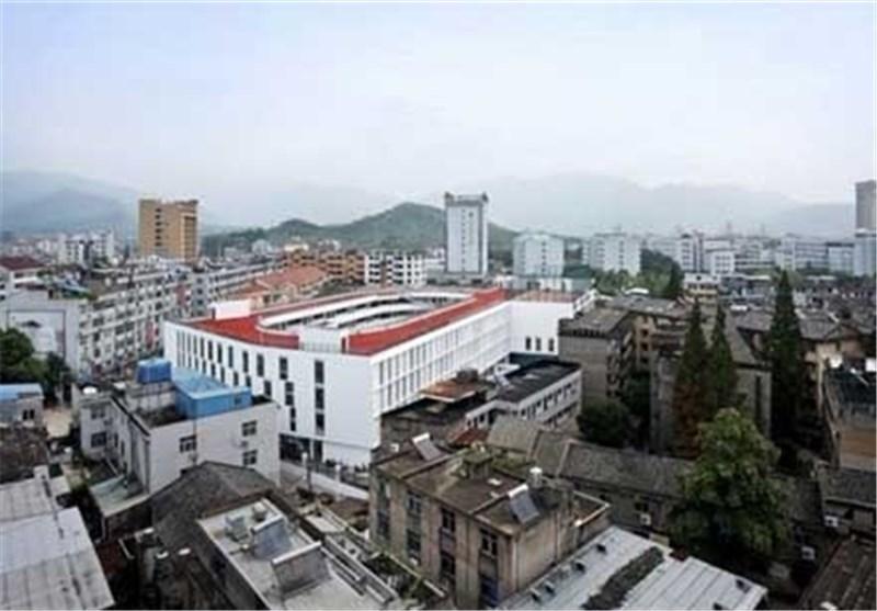 تصاویر پیست دو و میدانی روی پشت بام مدرسه ای در چین