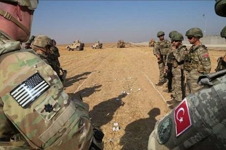 مرکز حقوق بشری سوری: ترکیه پایگاه نظامی در شمال رقه سوریه می سازد