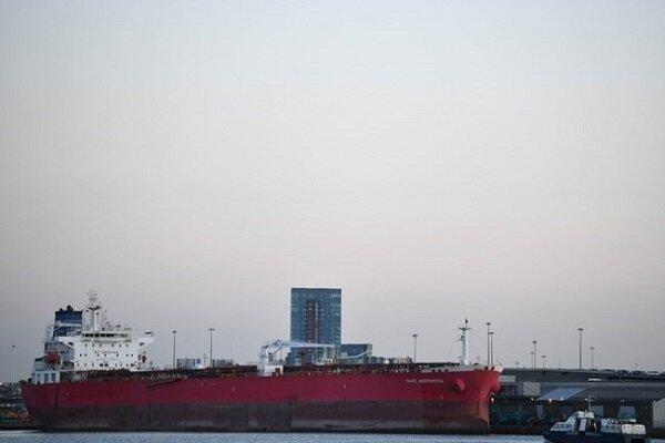 کِشتی تجاری انگلیس در خلیج عمان دچار سانحه شد