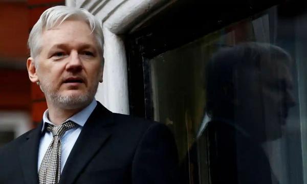 خبرنگاران آمریکا به حکم دادگاه انگلیس علیه استرداد آسانژ اعتراض کرد