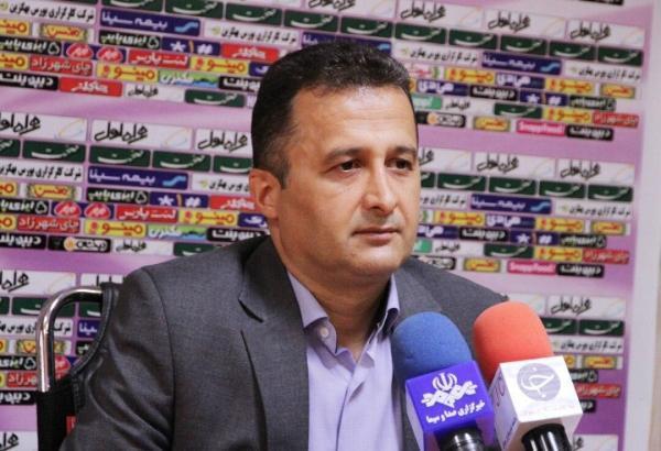 محمودزاده:پنجره جابجایی استقلال و پرسپولیس بسته است، فسخ یک طرفه برای بازیکنان طبعات حقوقی دارد خبرنگاران