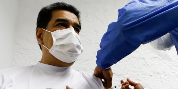 مادورو و همسرش واکسن روسی کرونا تزریق کردند خبرنگاران