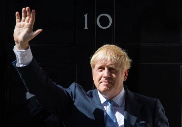 بوریس جانسون حملات ننگین به پلیس انگلیس را محکوم کرد
