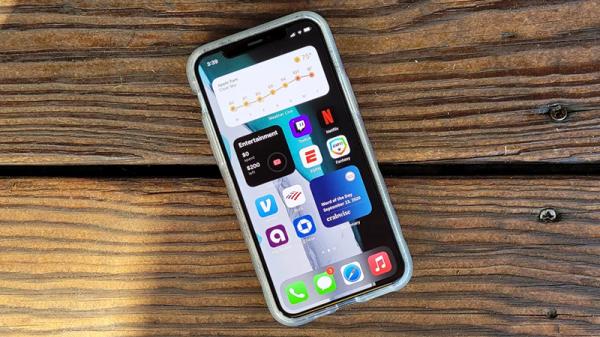 اپل یک بسته به روزرسانی اضطراری برای آیفون، آیپد و اپل واچ منتشر کرد