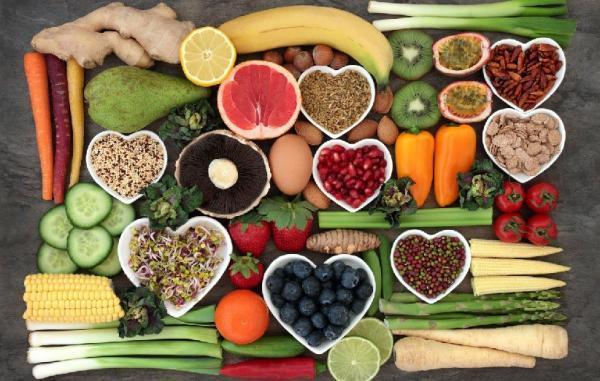 28 خوراکی سالم که از آنچه فکر می کردید مغذی ترند
