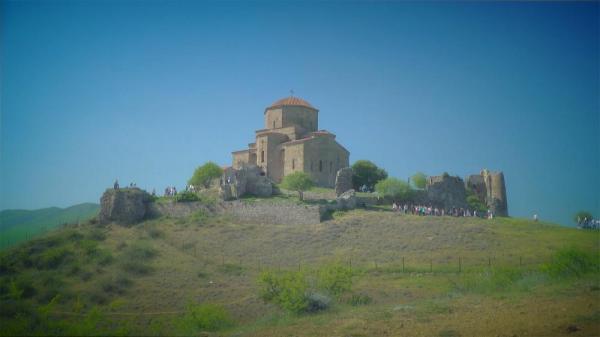 کارت پستال از گرجستان؛ صومعه جاواری