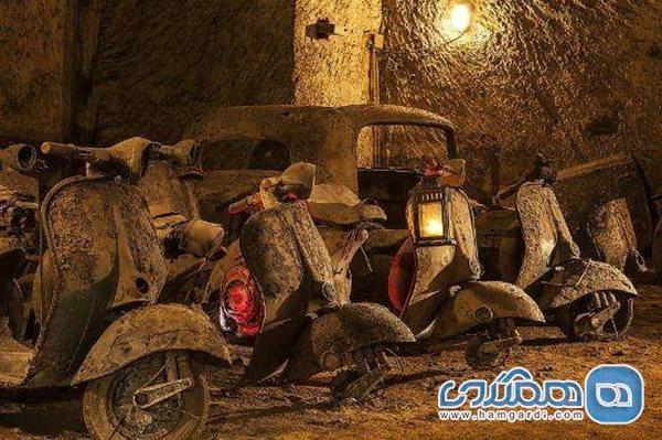 تونل بوربن ایتالیا؛ نمایشگاهی از اتومبیل های تاریخی و زیرزمینی
